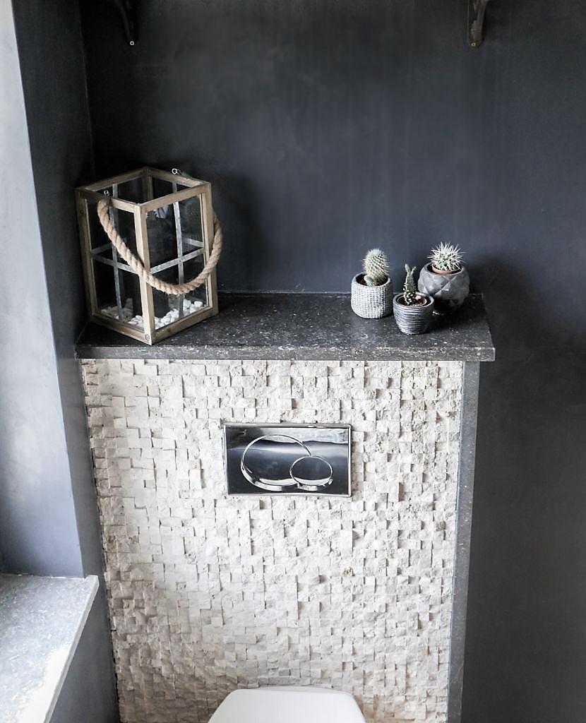 Beton toilet Orphic